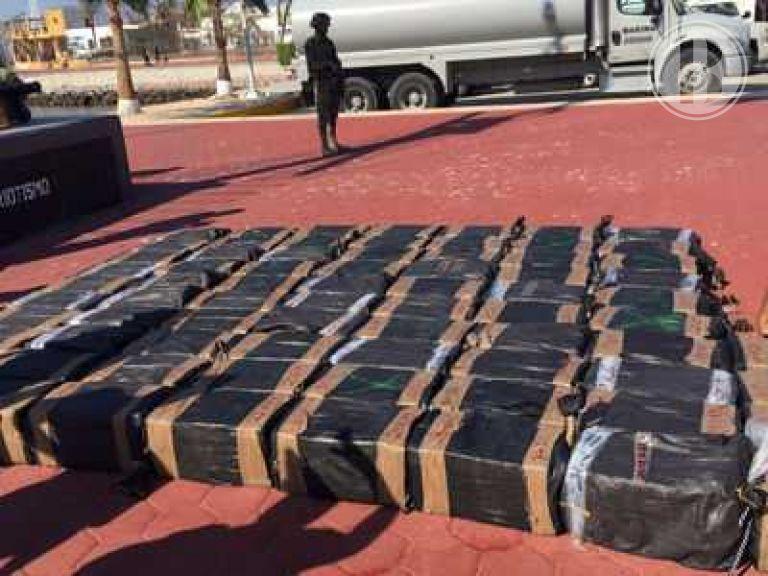 Aseguran 1.8 toneladas de cocaina en costas de Cabo San Lucas