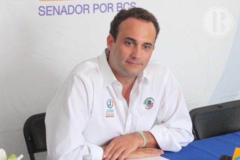 Brinda senador Sánchez Navarro informe de actividades