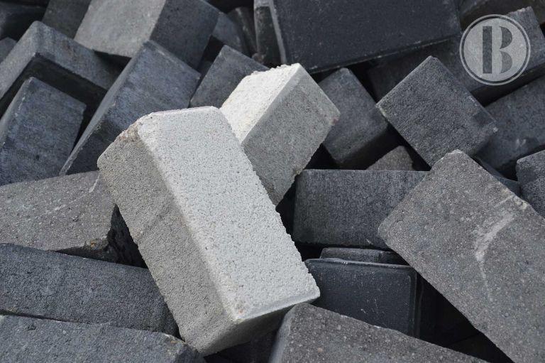 Mexicano crea cemento sustentable a partir de residuos industriales