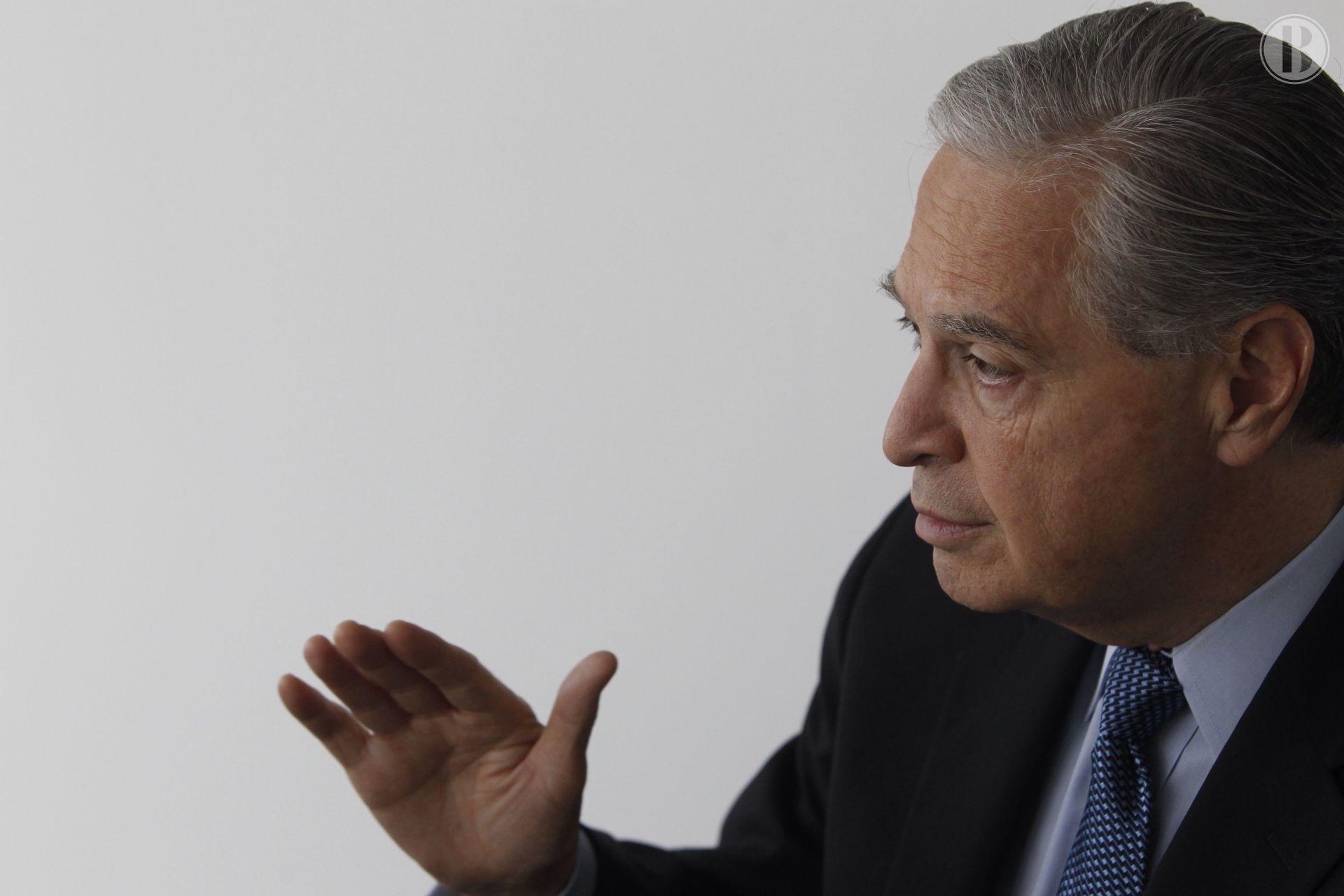 """Luis Derbez dice ser mejor opción de PAN para presidenciales por """"disruptivo"""""""