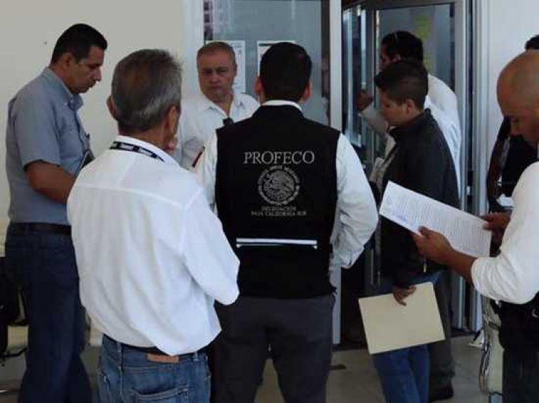 01 DETECTAN A VENDEDORES ILEGALES DE TIEMPOS COMPARTIDOS OPERATIVO LOS CABOS