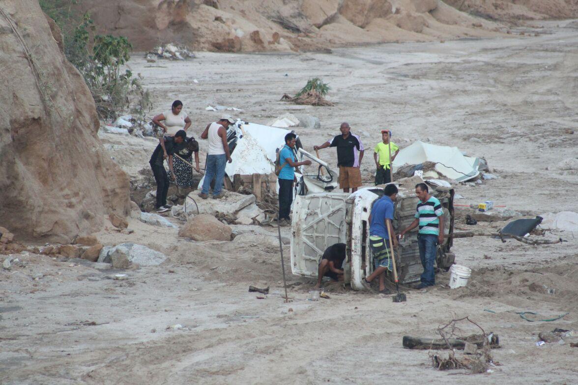 Buscan a desaparecidos tras el paso de Lidia por Los Cabos