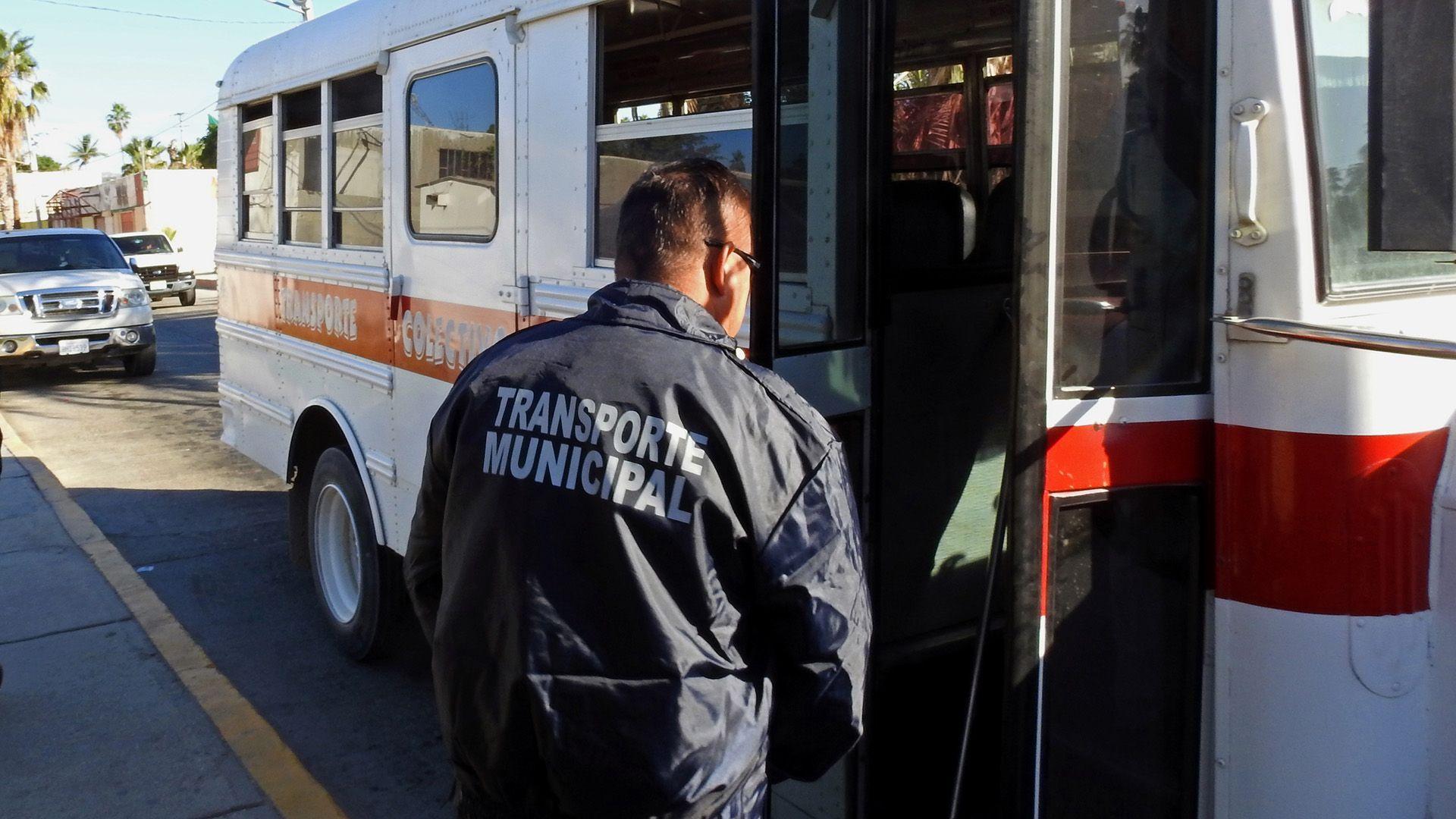 Durante 2018 inspeccionarán vehículos de transporte público y privado
