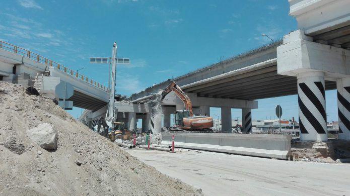 Puente vehicular en Leona Vicario será inaugurado con dos meses de retraso