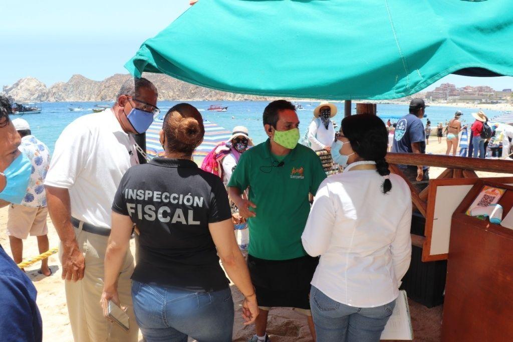 03-Para-evitar-mas-contagios-de-COVID-19-Inspección-Fiscal-realiza-recorridos-de-vigilancia-en-Cabo-San-Lucas-1-scaled