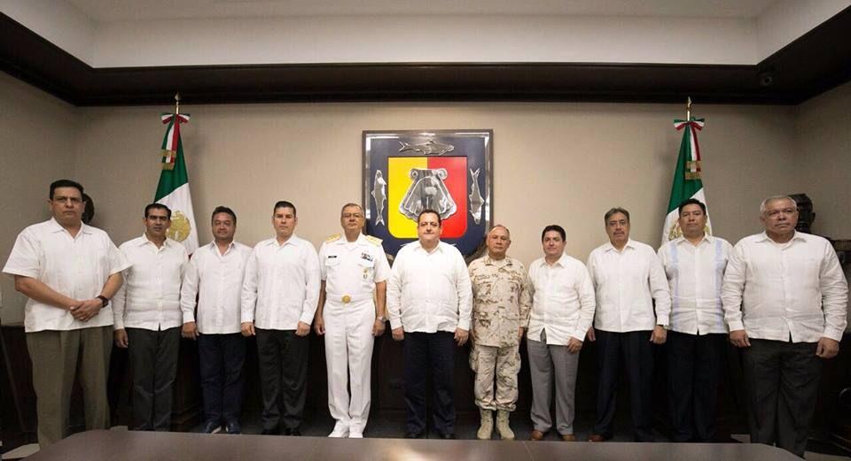 """Sesiona grupo de Coordinación de Seguridad: """"se siguen conjuntando esfuerzos para regresar la tranquilidad a BCS"""""""