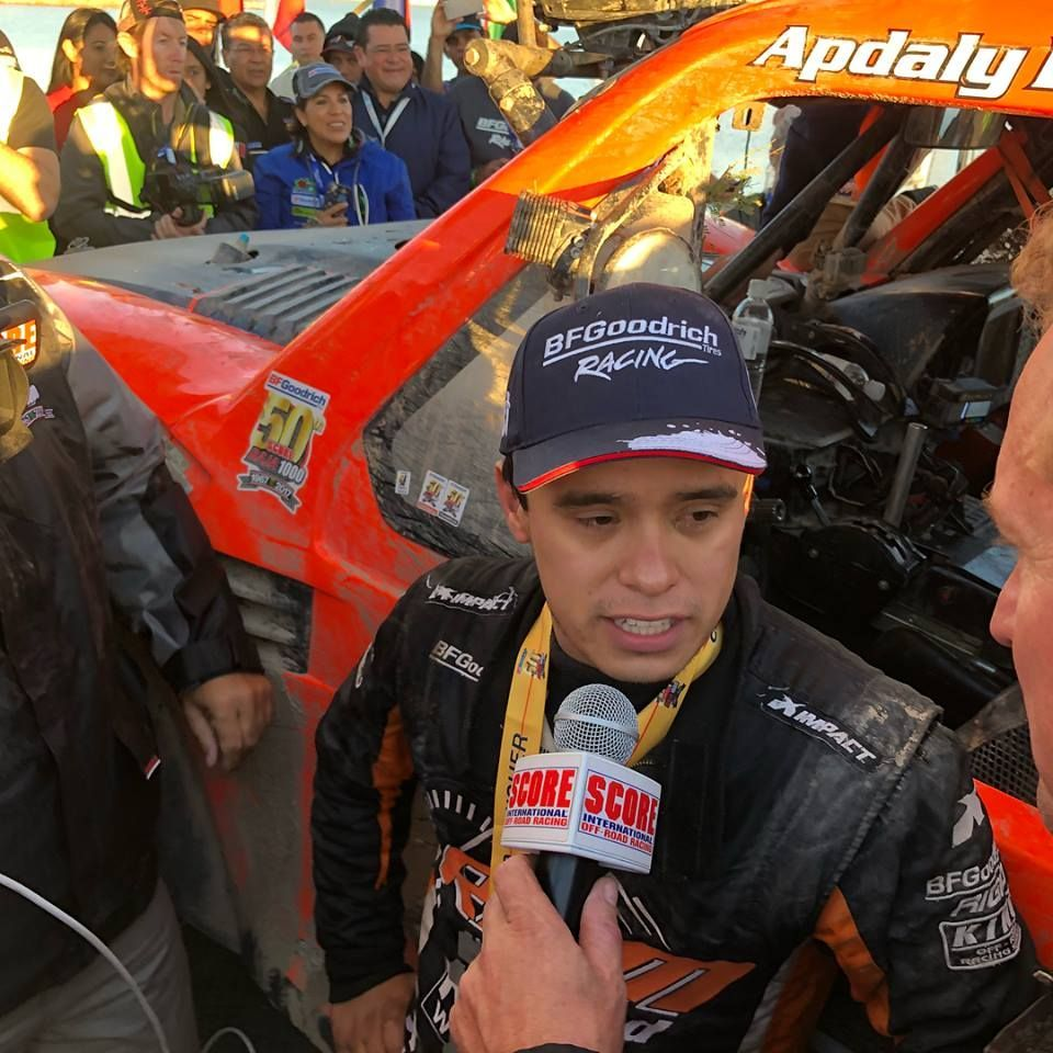 Carlos Apdaly López, ganador de la competencia de Off Road Baja 1000.