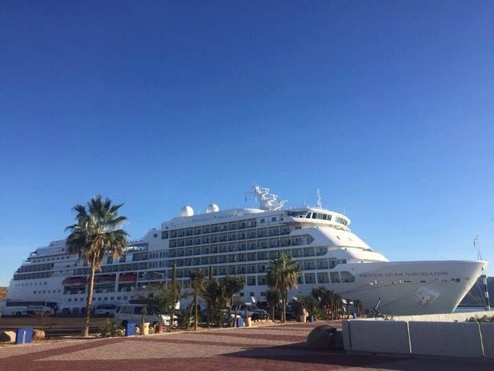 Puerto de La Paz expande su oferta turística con el crucero Seven Seas Navigator
