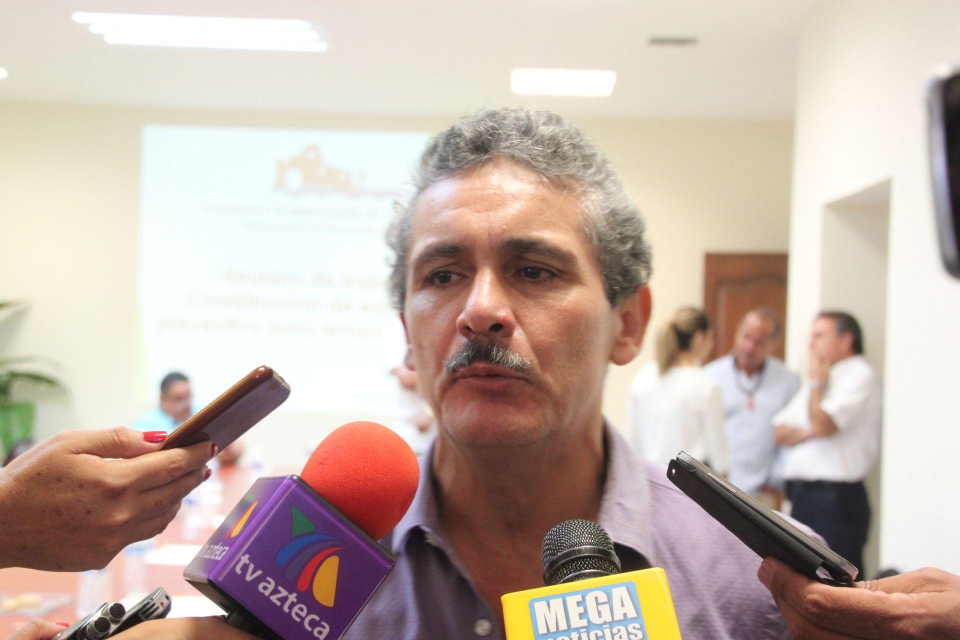 04Serueniránempresariosconlacomisiónreguladoradeenergía-JulioCastillo