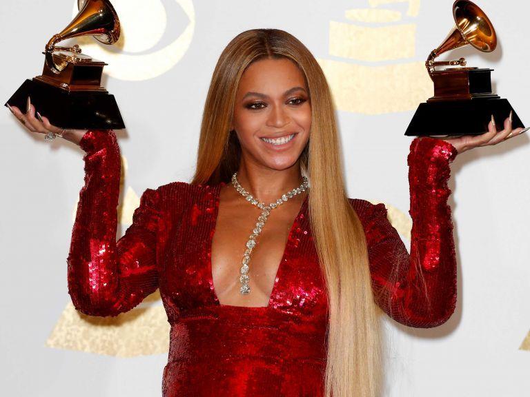 1 Beyoncé da a luz a gemelos