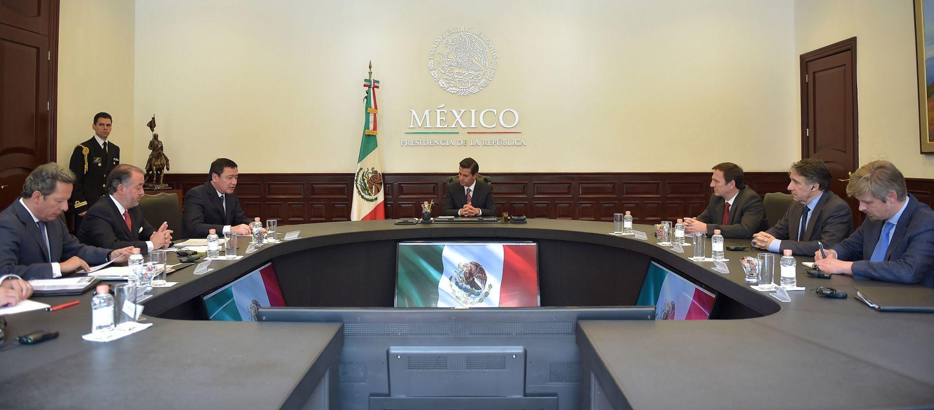 Peña Nieto reitera ante el CPJ compromiso con la libertad de expresión