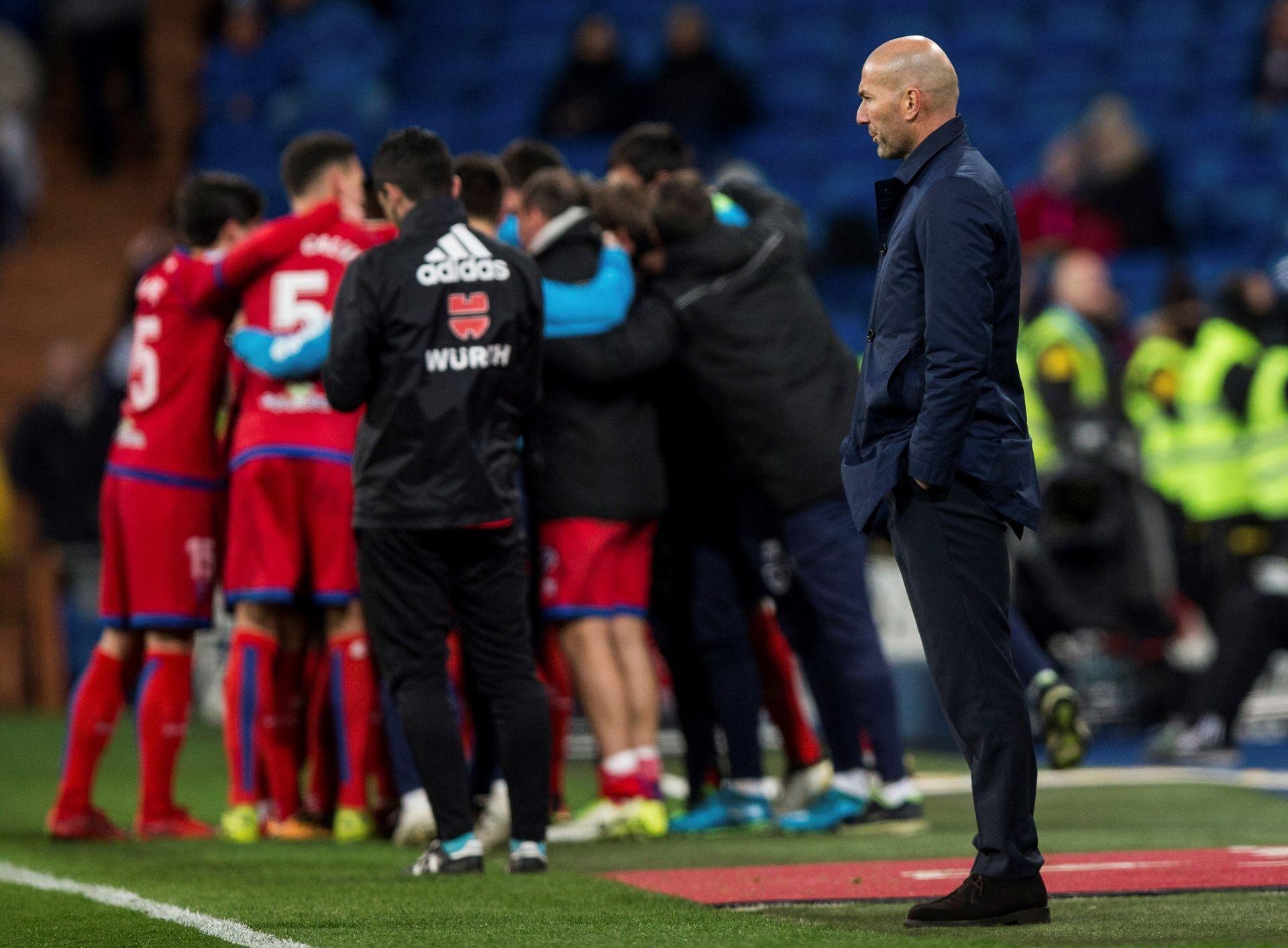 El Real Madrid empata con Numancia y pasa a los cuartos de final