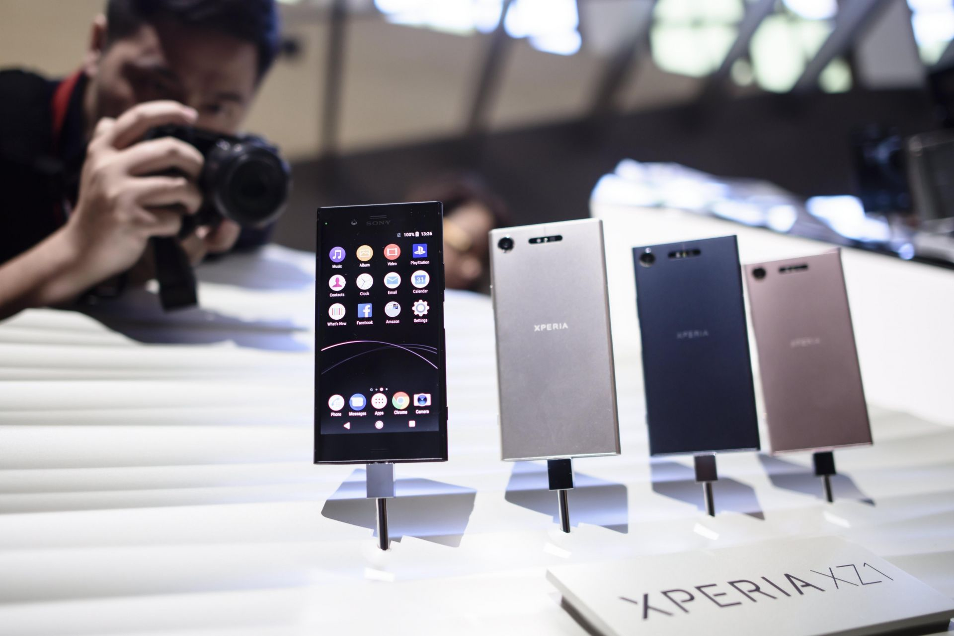Sony lanza Xperia XZ con Android 8.0 y escáner 3D