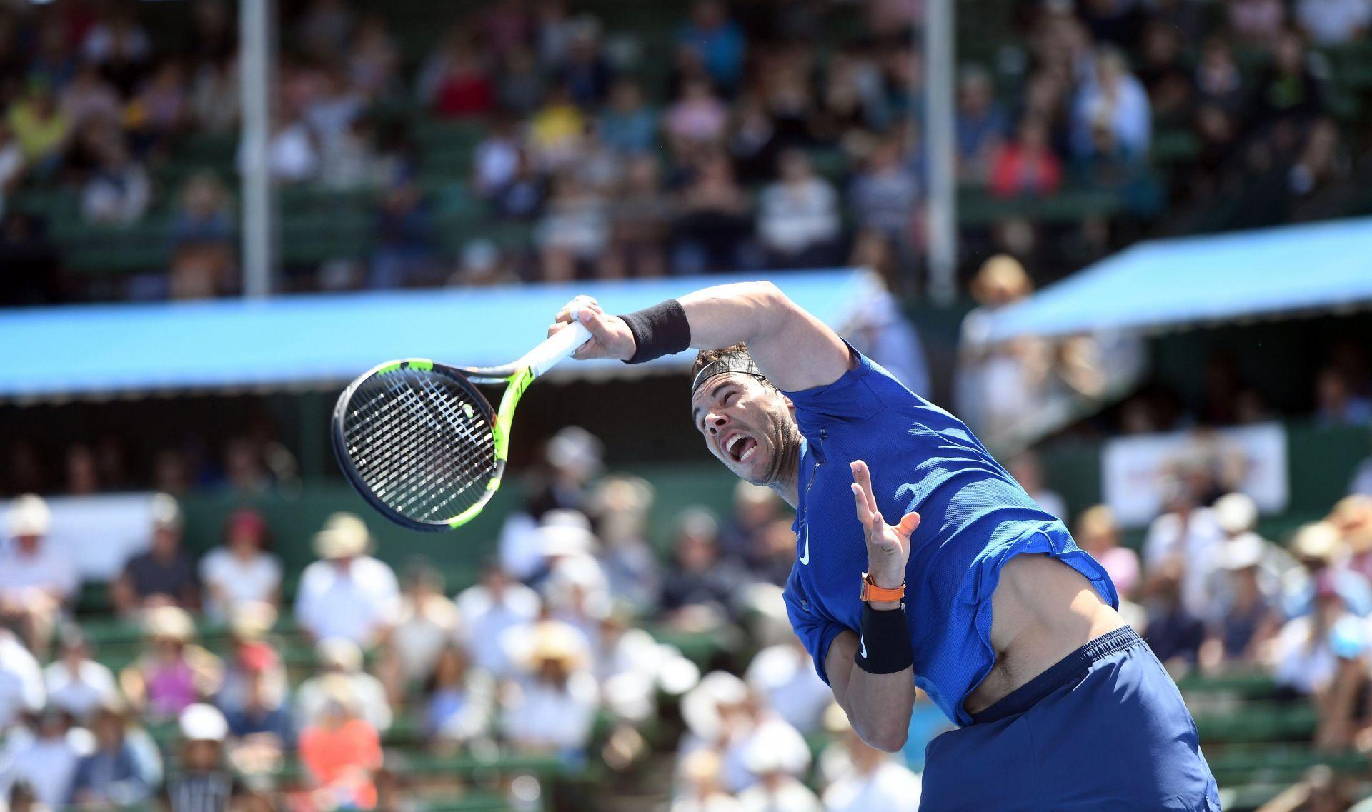Rafa Nadal reaparece con derrota en el Kooyong Classic