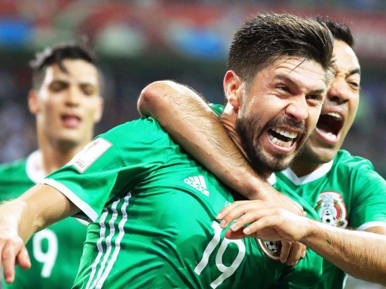 2-1. México cumple, con remontada, ante una intensa Nueva Zelanda