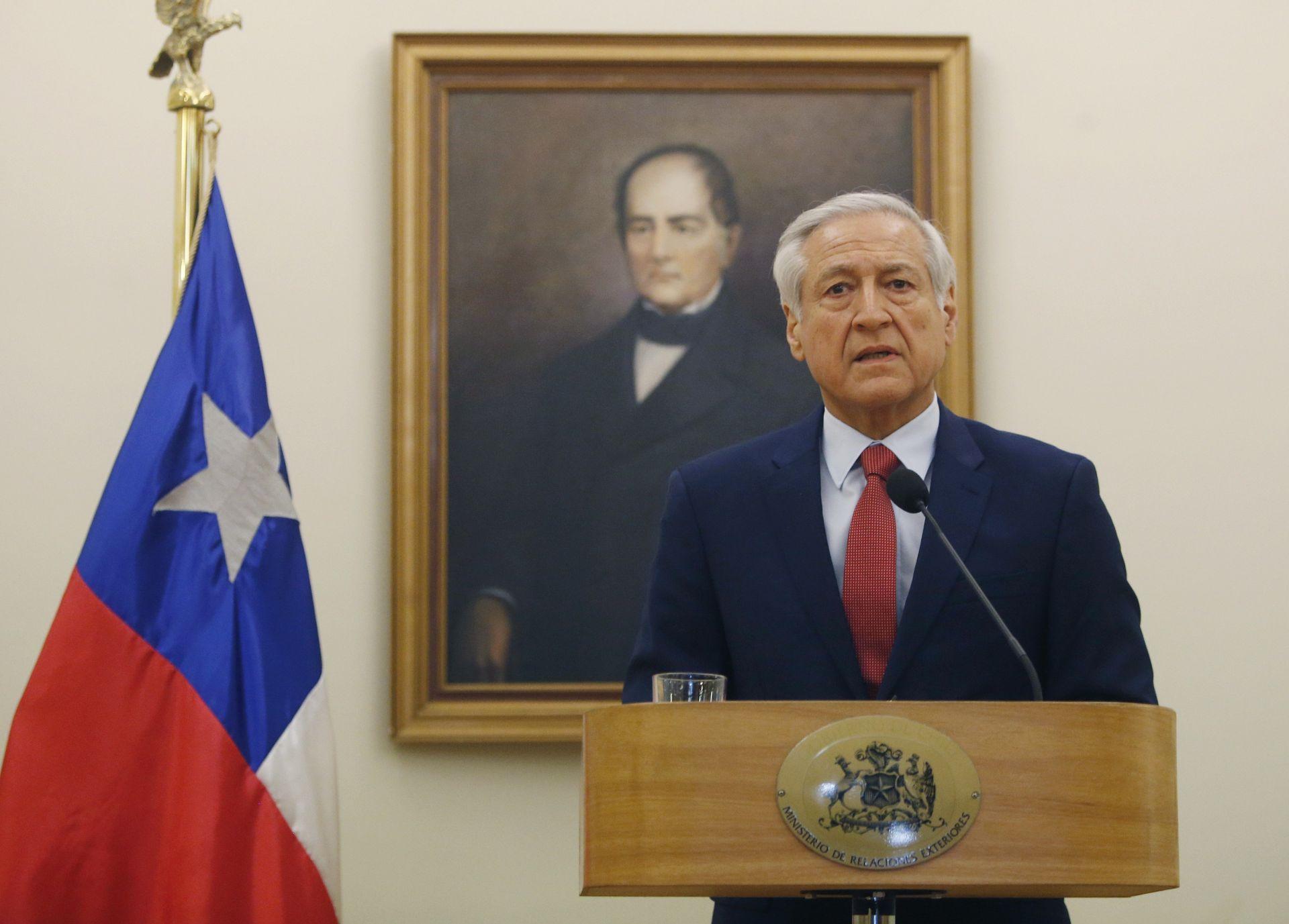 Chile concede asilo diplomático a cinco magistrados venezolanos