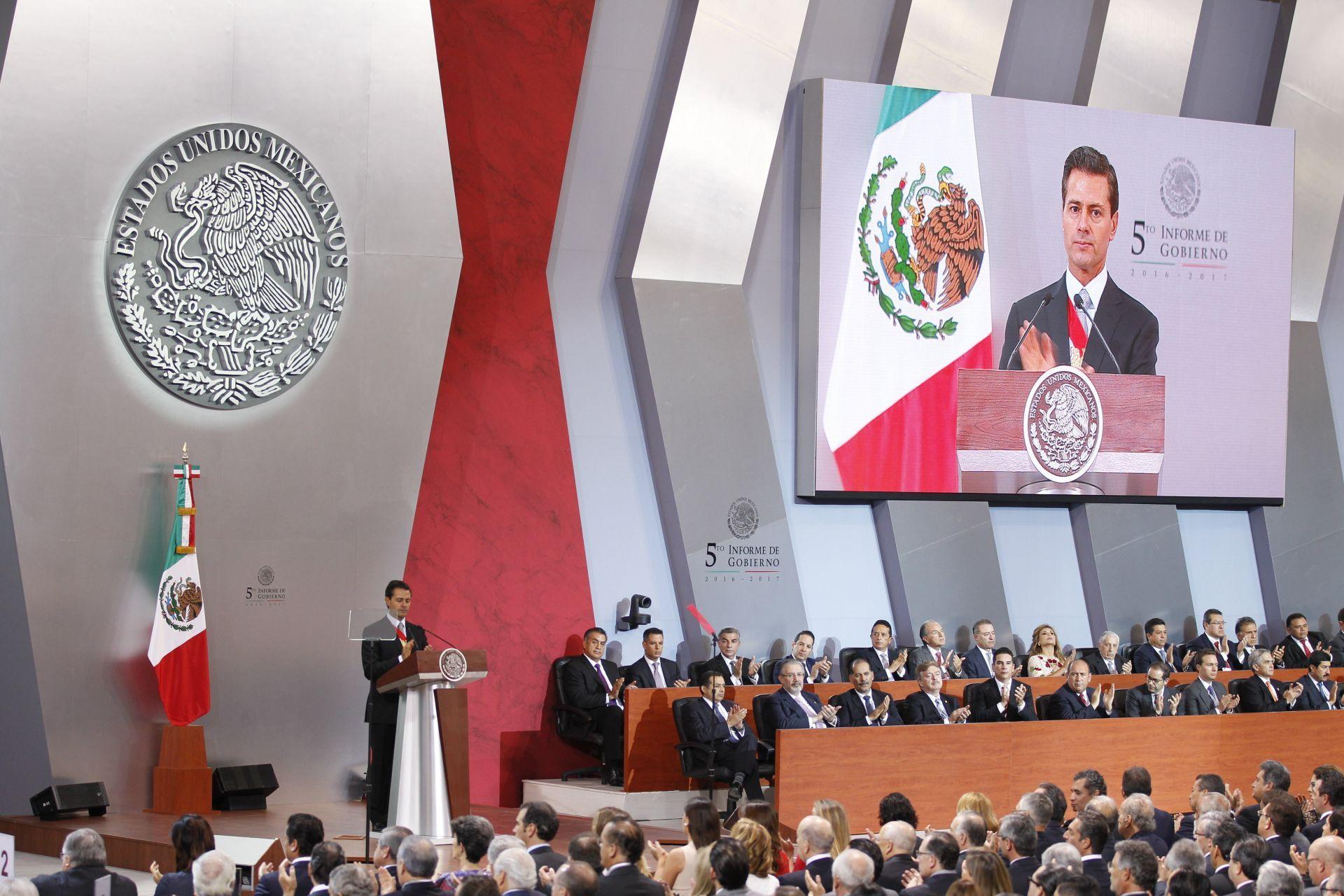Peña Nieto envía condolencias por víctimas de tormenta Lidia y visitará zona