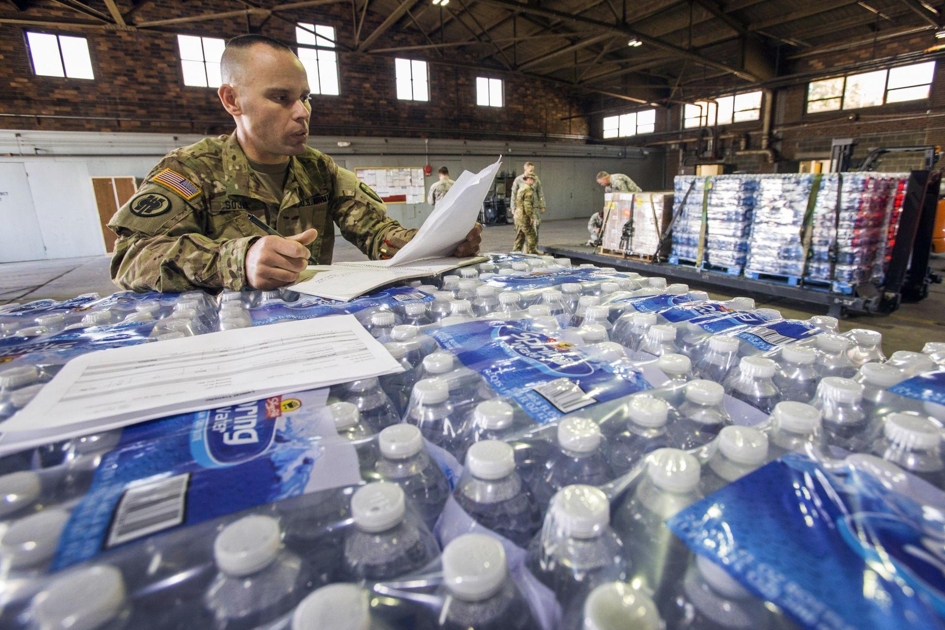 México enviará insumos y personal a Puerto Rico tras el paso de huracán María