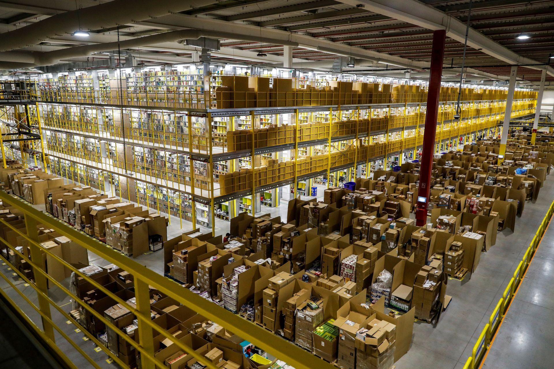 """Empleados de Amazon harán huelga en """"Black Friday"""" por mejoras salariales"""