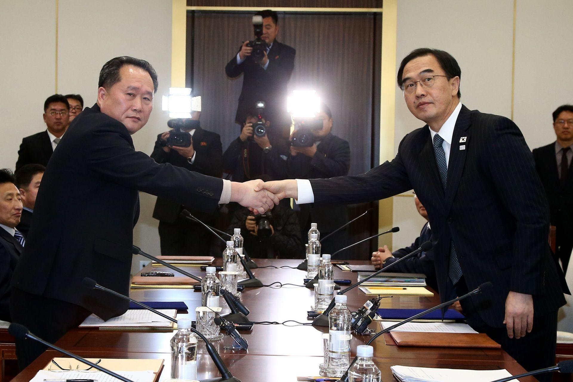 Corea del Norte y Corea del Sur celebran una reunión histórica