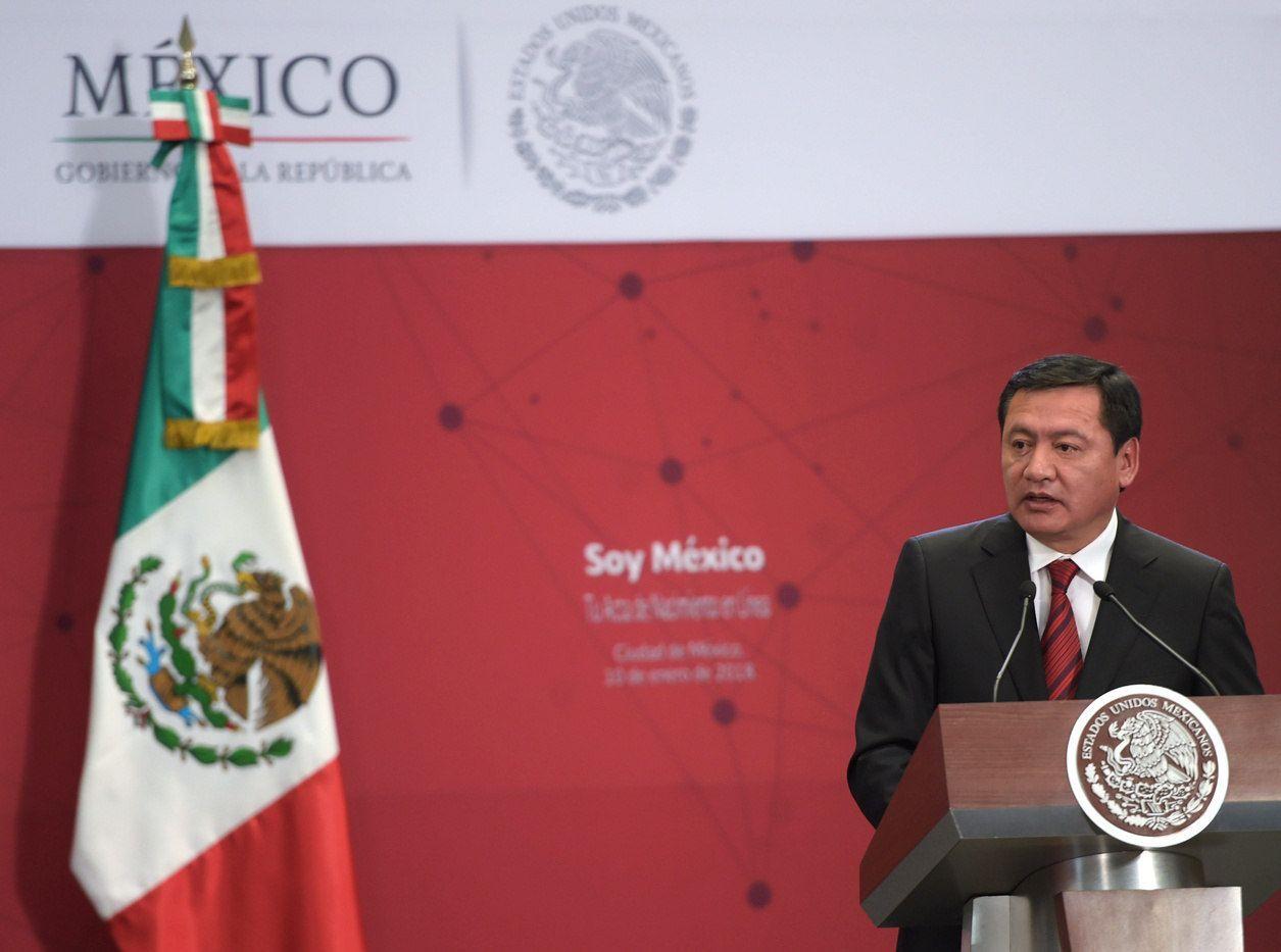 Miguel Ángel Osorio Chong buscará un asiento en el Senado por la vía plurinominal