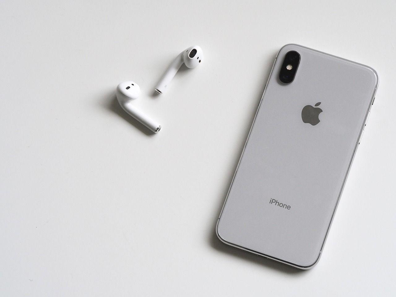 casi-la-mitad-de-auriculares-inalambricos-son-de-apple-aunque-pierde-cuota