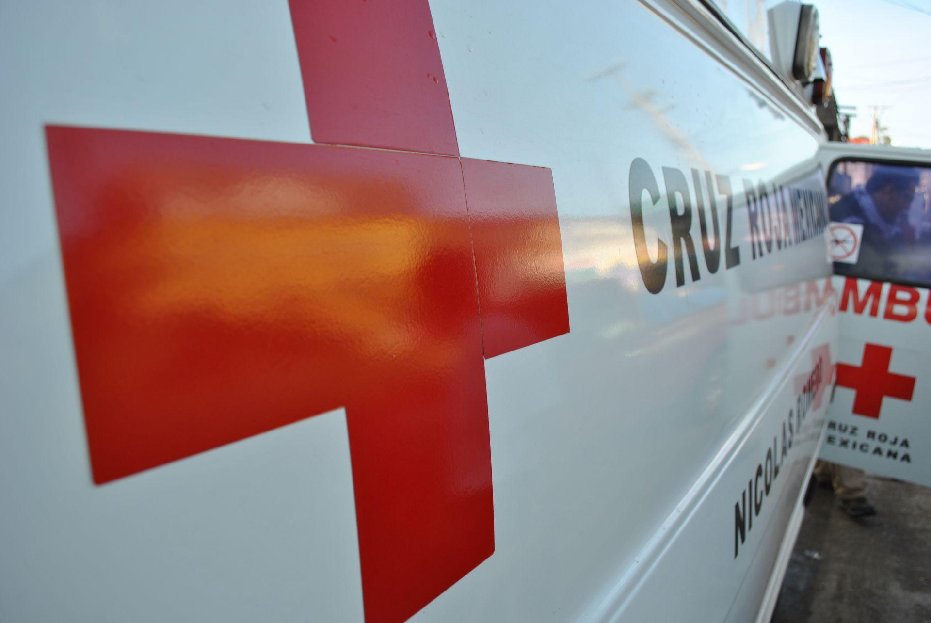 Cruz_Roja_Mexicana_-_Ambulancia