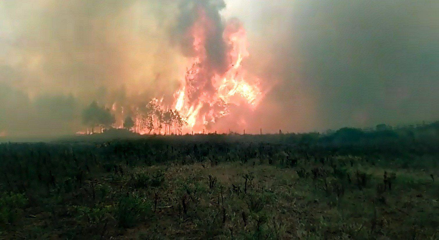 desalojados-habitantes-por-incendio-forestal-en-el-oriente-de-mexico