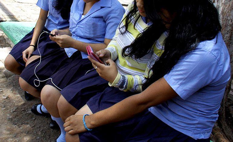 estudiantes-redes-sociales-5-770x470