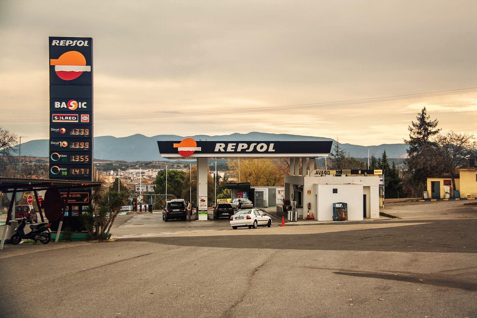 gasolinera-repsol