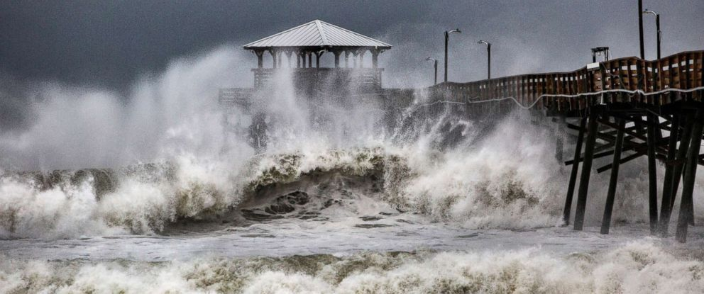 hurricane-florence-north-carolina-waves-ap-jef-180913_hpMain_12x5_992
