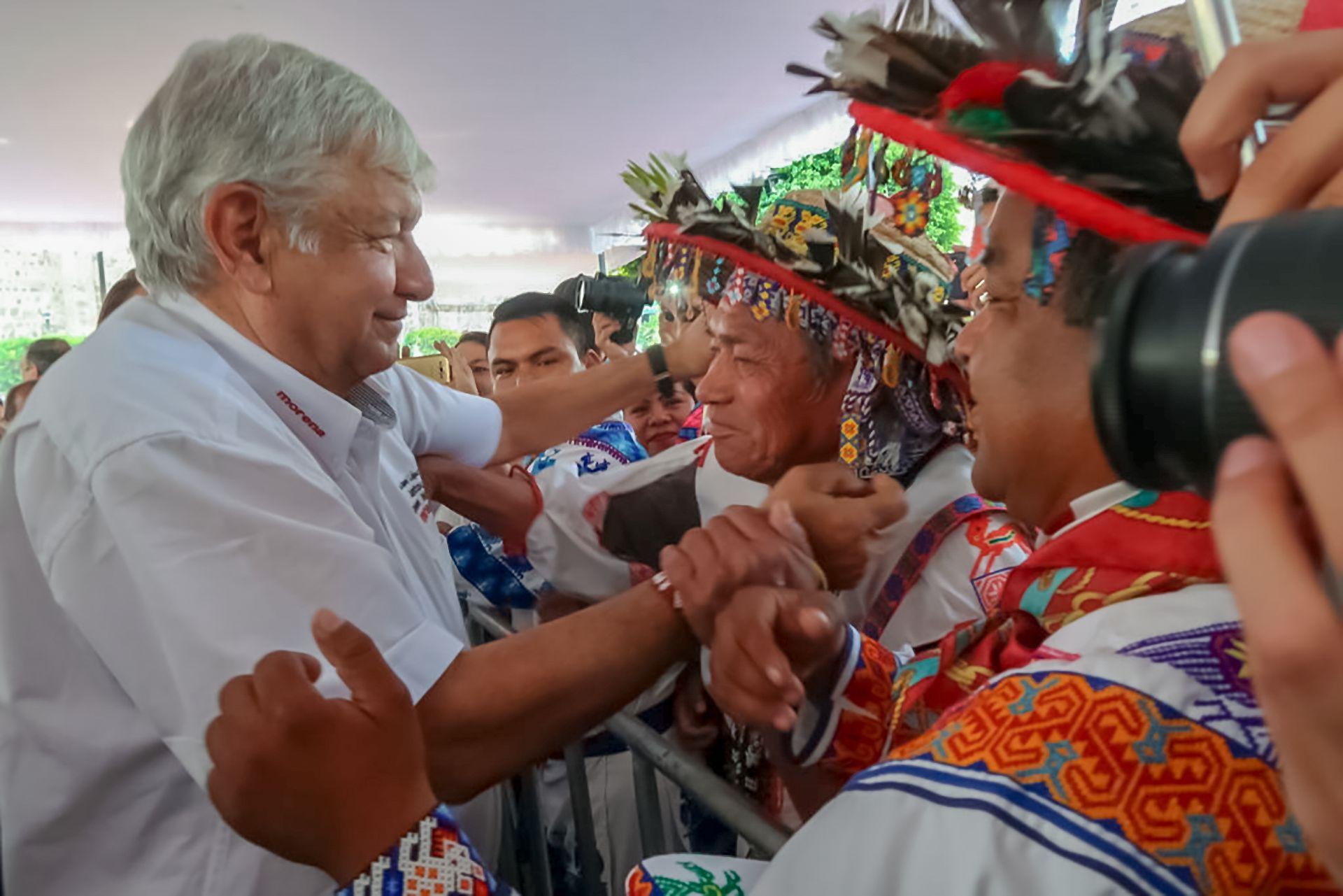 Andrés Manuel López Obrador durante un acto protocolario