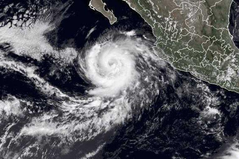 'Norma' se acerca a Baja California Sur