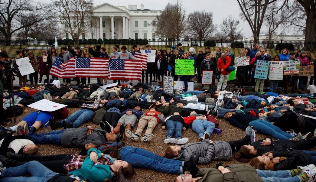 protestas-en-casa-blanca