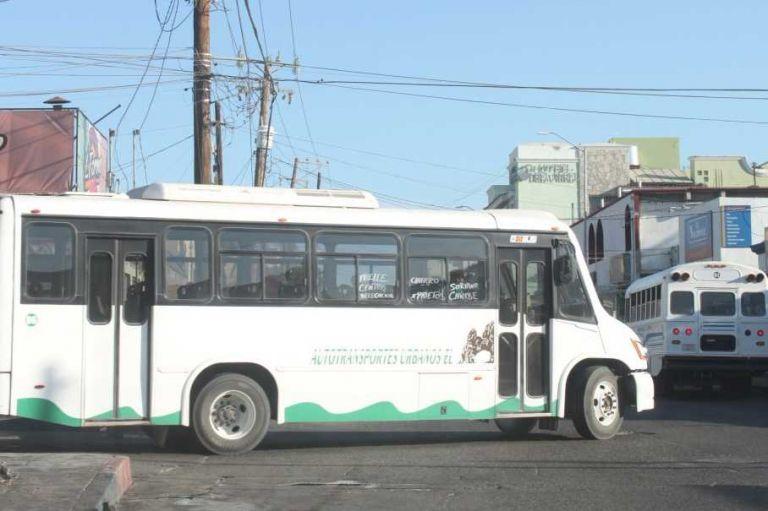 Inseguridad y vandalismo están afectando al transporte público