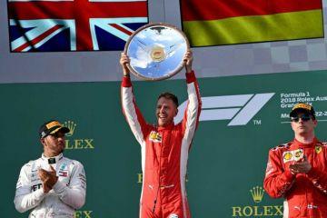 Vettel gana el Gran Premio de Australia por delante de Hamilton