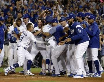 Puig se reivindica en partido con triunfo de Dodgers vs Cachorros