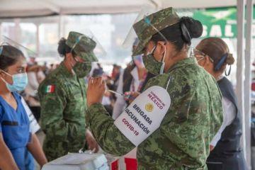 Inicia vacunación a mayores de 30 años en La Paz y Los Cabos