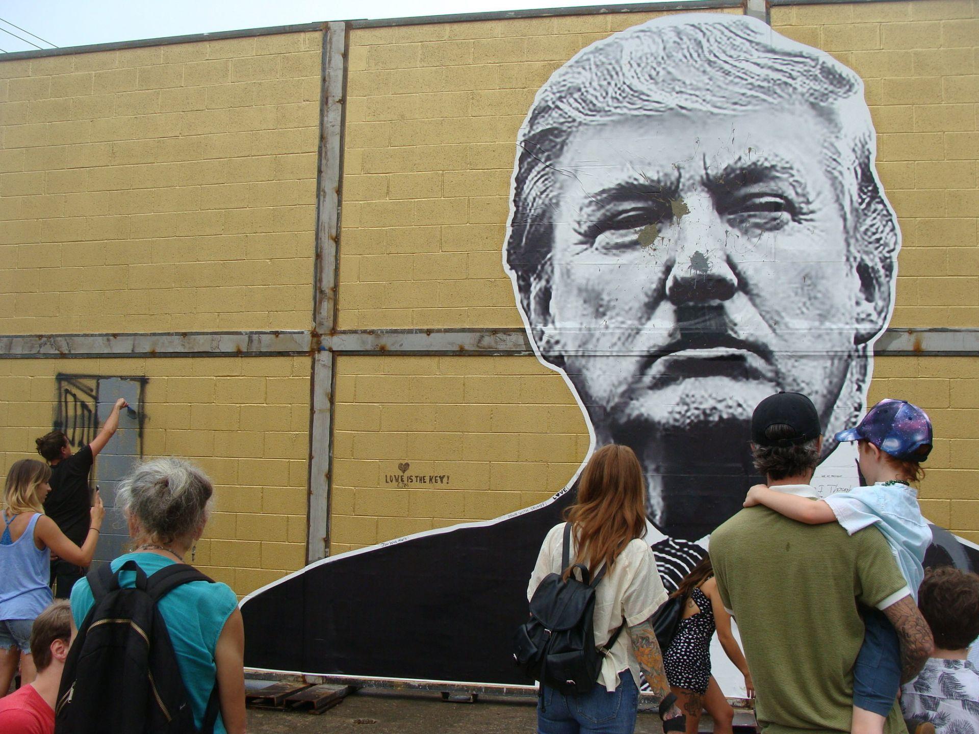 el muro fronterizo