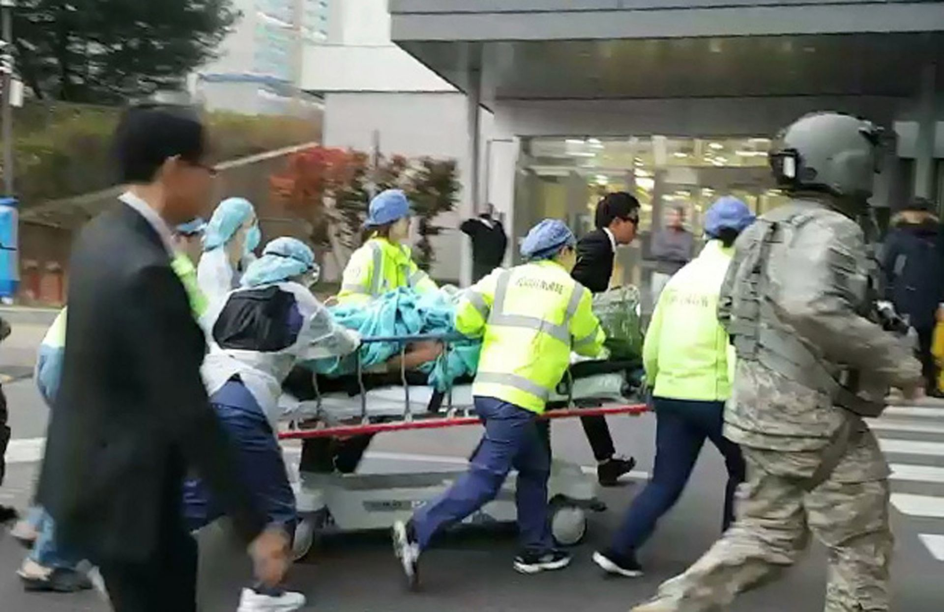 Soldado norcoreano recibe herida de bala mientras desertaba hacia Corea del Sur