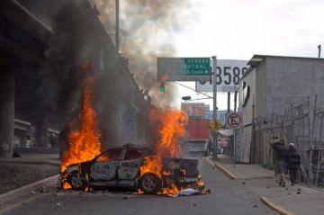 Un bloqueo carretero tras operativo policial genera caos en Ciudad de México