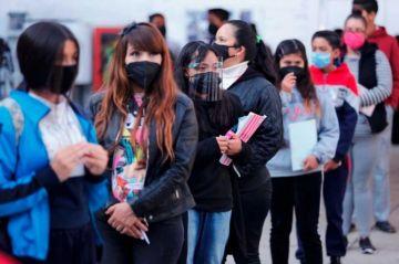 Alumnos en Ciudad de México retoman clases presenciales entre emoción y dudas