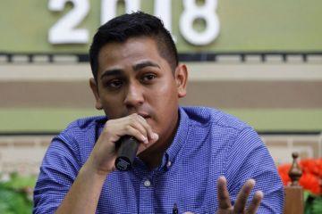 Hijo de periodista asesinado en México exige justicia a Peña Nieto