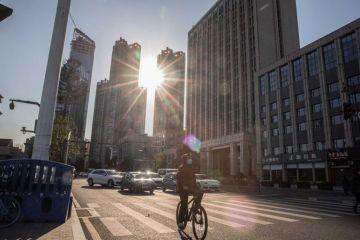 """Orgullosos y patriotas, en Wuhan presumen de """"derrotar"""" al virus"""