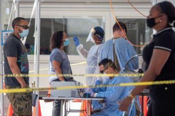 Estados Unidos supera los 20.7 millones de casos y 353,000 muertes por covid-19