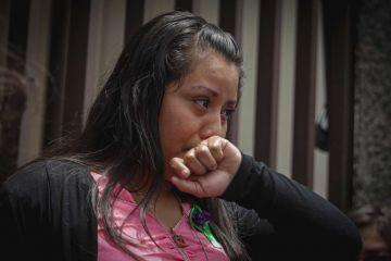 Absuelven Evelyn Hernández, la joven acusada de homicidio por aborto en El