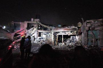 Cinco muertos y ocho heridos por explosión pirotécnica en una casa de