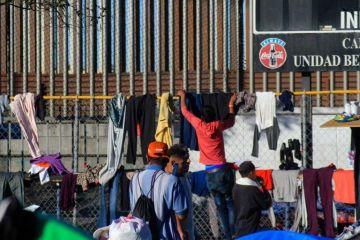 Policia Federal cerca albergue de migrantes tras disturbios