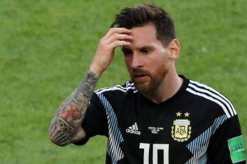El empate 1-1 entre Argentina-Islandia baja de la nuve a Messi