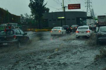 Una tormenta deja severas inundaciones en el  Estado de México y en la CDMX